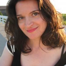 Elizabeth Eslami, author of 'Hibernate' and 'Bone Worship'